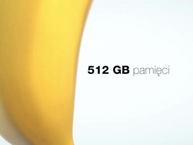 Bananowy smartfon w kampanii Orange zachęcającej do rejestracji numerów na kartę