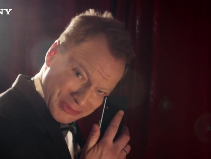 Sony Xperia XZ odporna na łzy - reklama z Maciejem Stuhrem