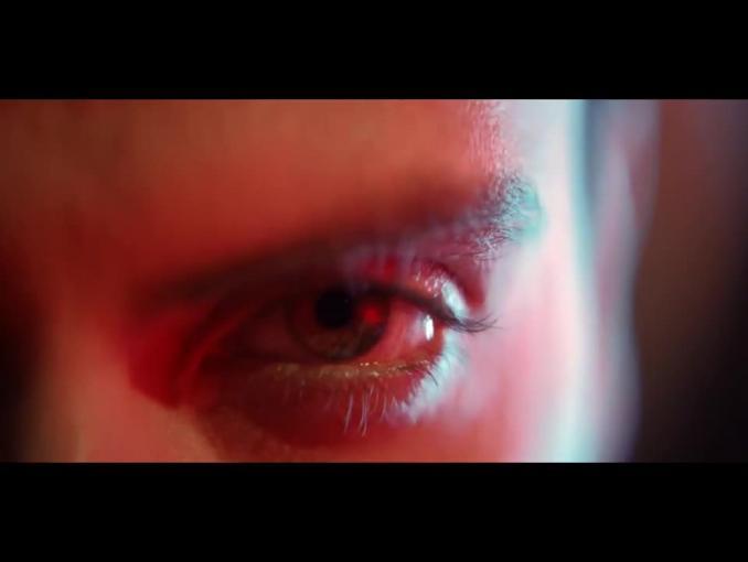 Gracz e-sportu xPeke w reklamie maszynek do golenia GiIlette