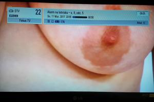 Wpadka Fokus TV: naga pierś zamiast programów