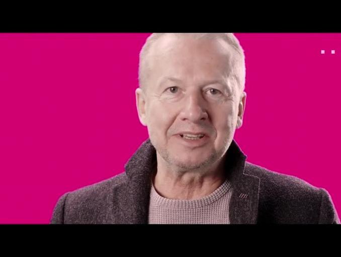 Bogusław Linda w spocie nowej oferty internetowej w T-Mobile