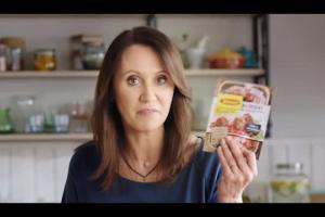 Anna Nowak-Ibisz reklamuje Pieczone w sosie Winiary