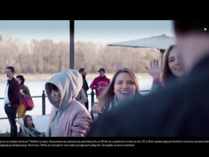 """Sylwia Grzeszczak i Piotr Kędzierski z """"Tamtą dziewczyną"""" reklamują T-Mobile na Kartę"""