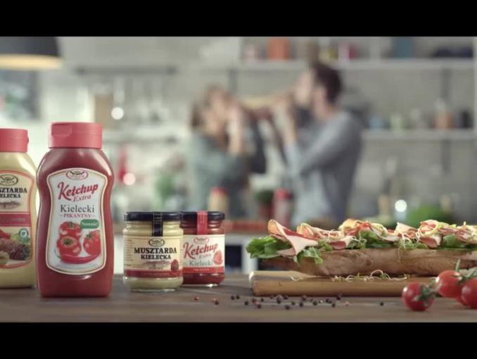 """Wytwórcza Spółdzielnia Pracy """"Społem"""" promuje produkty do grilla i marynat"""