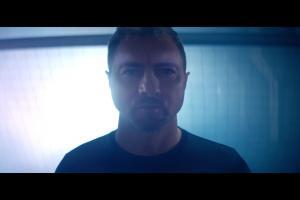 Jerzy Dudek reklamuje napój 4Move