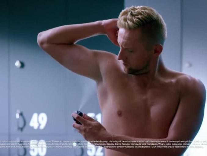 Kamil Glik reklamuje antyperspirant Rexona Men