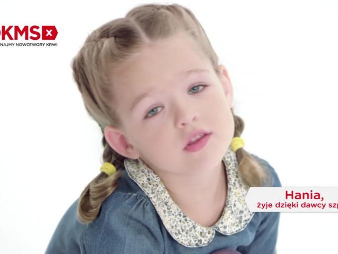 """5-letnia Hania bohaterką kampanii Fundacji DKMS """"Pomożesz? Bo możesz. Masz to w genach"""""""