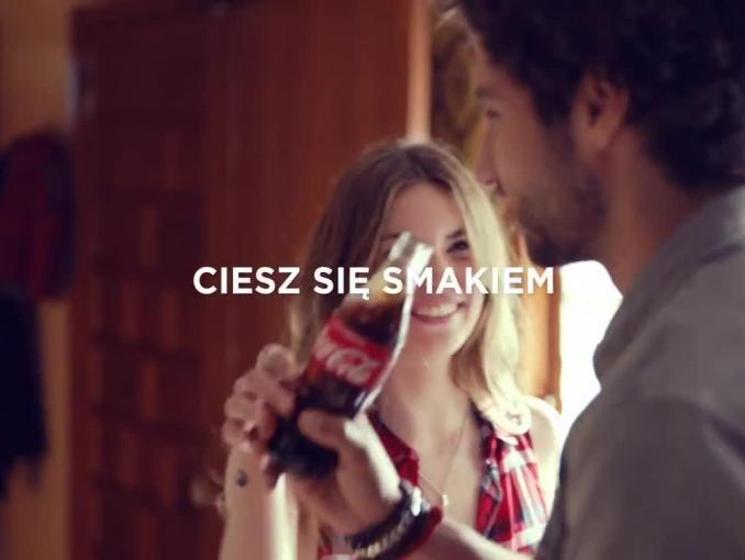 Przepisy Jakuba Kuronia na butelkach Coca-Coli - reklama