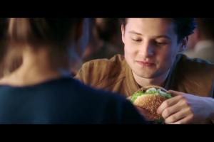 McDonald's reklamuje burgery po swojemu