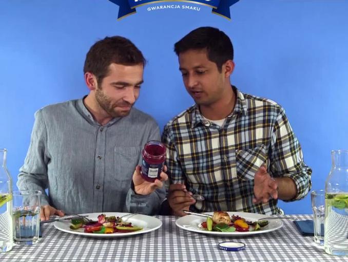Obcokrajowcy promują produkty Krakus na grilla
