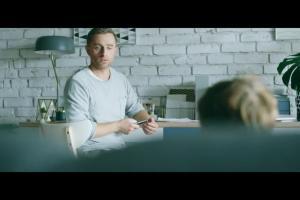 Alior Bank reklamuje aplikację mobilną