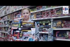 """Szalona 5"" znów promuje hipermarkety Carrefour"