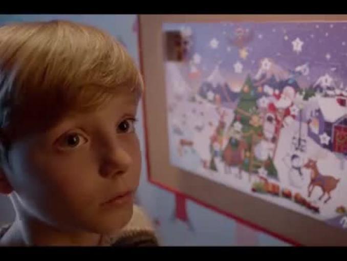 """""""Odkryj magię oczekiwania na święta"""" w reklamie Milki"""