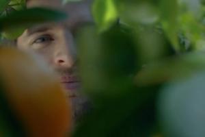Hortex w spocie z Matką Naturą reklamuje soki pomarańczowe
