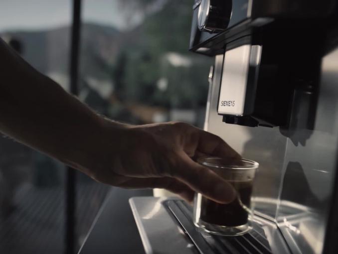 Siemens - automatyczny ekspres do kawy EQ