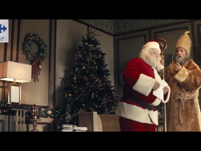 Napoleon ze Świętym Mikołajem i Gwiazdorem w reklamie Carrefour
