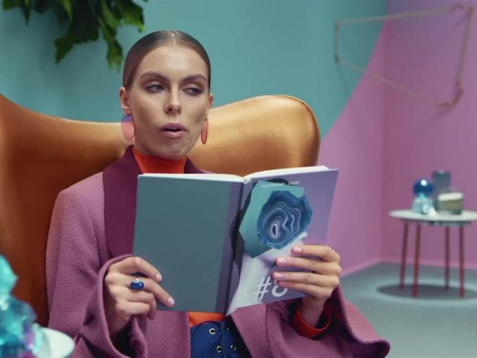Multitasking w reklamie Lenovo IdeaPad
