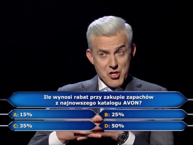 Hubert Urbański zadaje pytania w kampanii Avonu