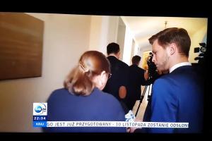 """Posłanka Krystyna Pawłowicz do reportera TVN24: """"Zjeżdżaj, człowieku!"""""""
