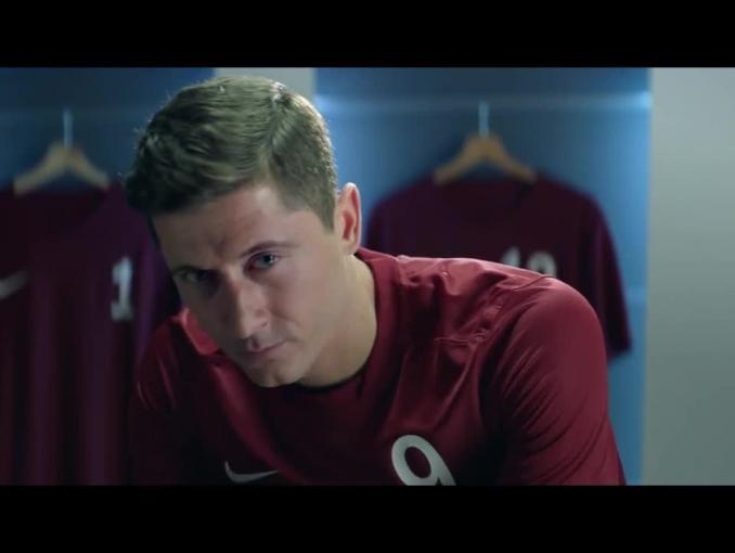 Robert Lewandowski reklamuje head&shoulders Men Ultra z węglem