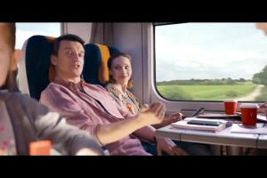 """""""Tysiące powodów do podróżowania"""" w reklamie PKP Intercity"""