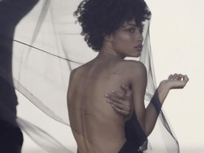 Perfumerie Douglas z nową globalną strategią i kampanią #ForwardBeauty
