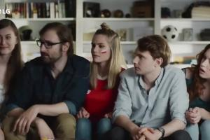 LG OLED ThinQ AI - reklama z Jackiem Gmochem