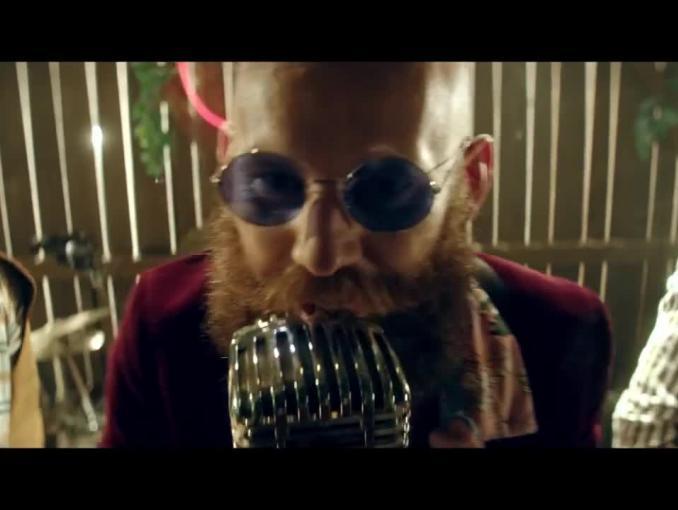 Rockowa impreza z jeżami reklamuje Dziki Sad