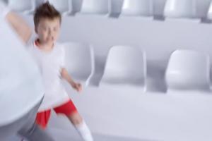 """""""Mistrzowska 11"""" w Play - reklama z Jarosławem Bieniukiem i jego dziećmi"""