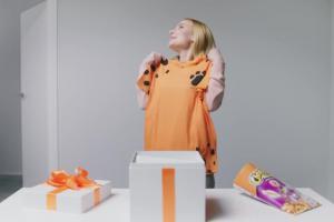 Cheetos - reklama z Adrianną Skon