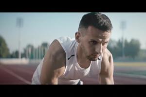 Polscy rekordziści świata w sprincie reklamują Collaflex Sport