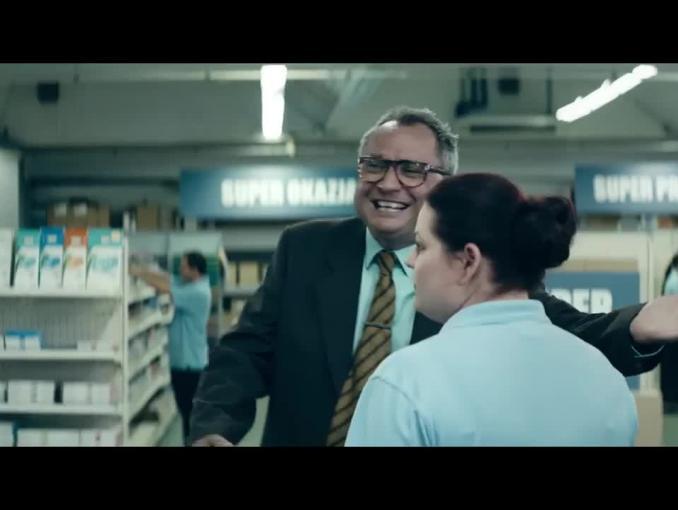Pracuj.pl: reklama z szefem krzywo patrzącym na pracowników