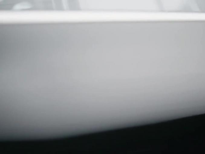 Łatwe otwieranie auta Renault - reklama ze skoczkami