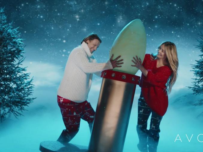 """Avon """"Kisses for Christmas"""" - Małgorzata Rozenek-Majdan i Radosław Majdan polecają świąteczne zestawy"""