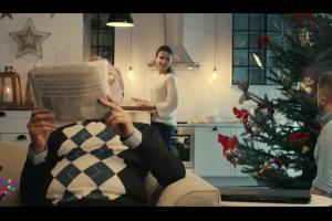 Szymon Majewski w świątecznej reklamie internetu Plusa
