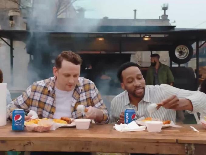 """""""Przełam rutynę, wybierz Pepsi"""" - reklama"""