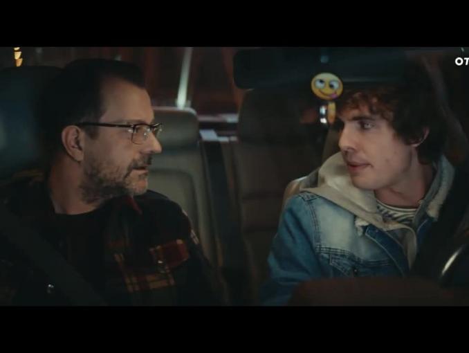 Adam Kornacki i Adam Klimek z TVN Turbo w kampanii OtoMoto