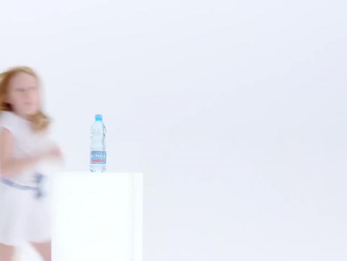 """Kinga Pienińska z kampanią charytatywną """"Woda, która pomaga"""""""