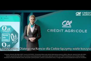 Dawid Podsiało wmontowuje się w reklamach Konta dla Ciebie w banku Credit Agricole