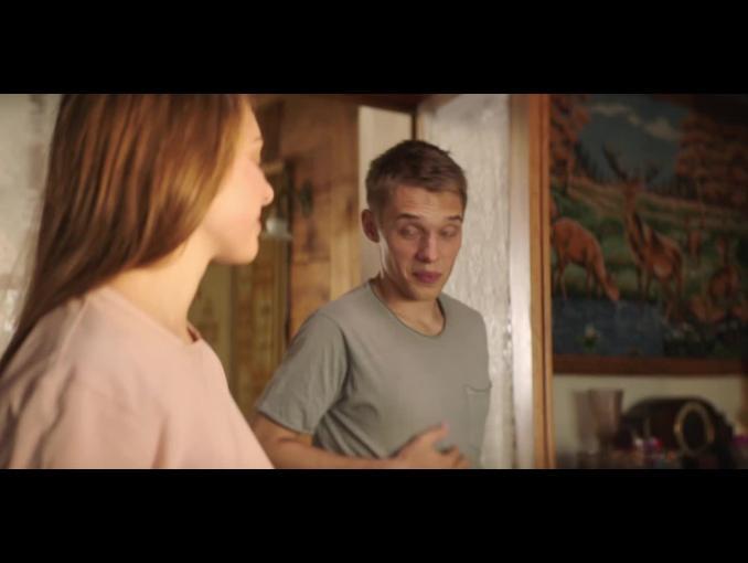 """OSM Piątnica przekonuje, że """"śniadanie to podstawa"""" - spot z nastolatkami"""