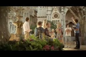 Ucieknij przed budzikiem - reklama Rainbow Tours (2)