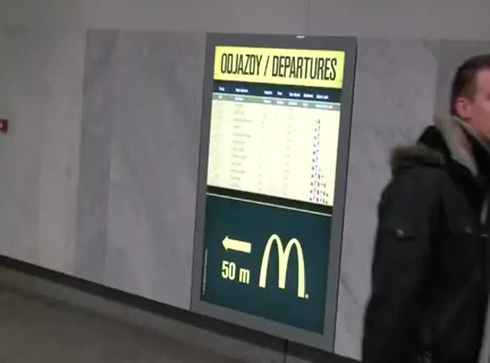 McDonalds - reklama na rozkladzie jazdy