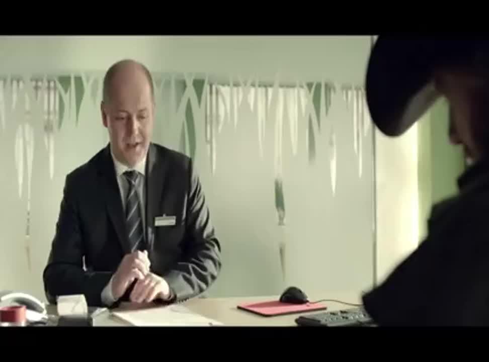 Chuck Norris w wakacyjnej reklamie BZ WBK