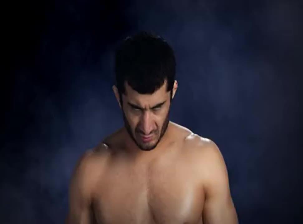 Mamed Khalidov w reklamie napojów Tiger
