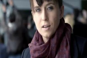 Gripex HotActive - reklama z dziennikarką