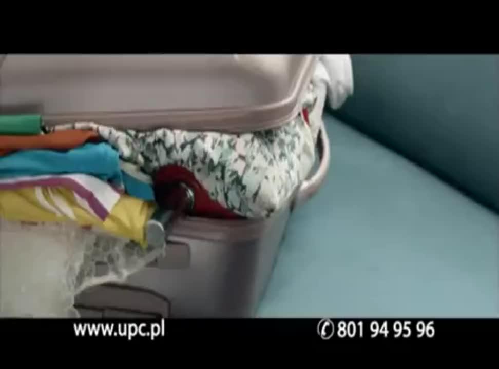 Podwójna Pakosińska reklamuje UPC Phone