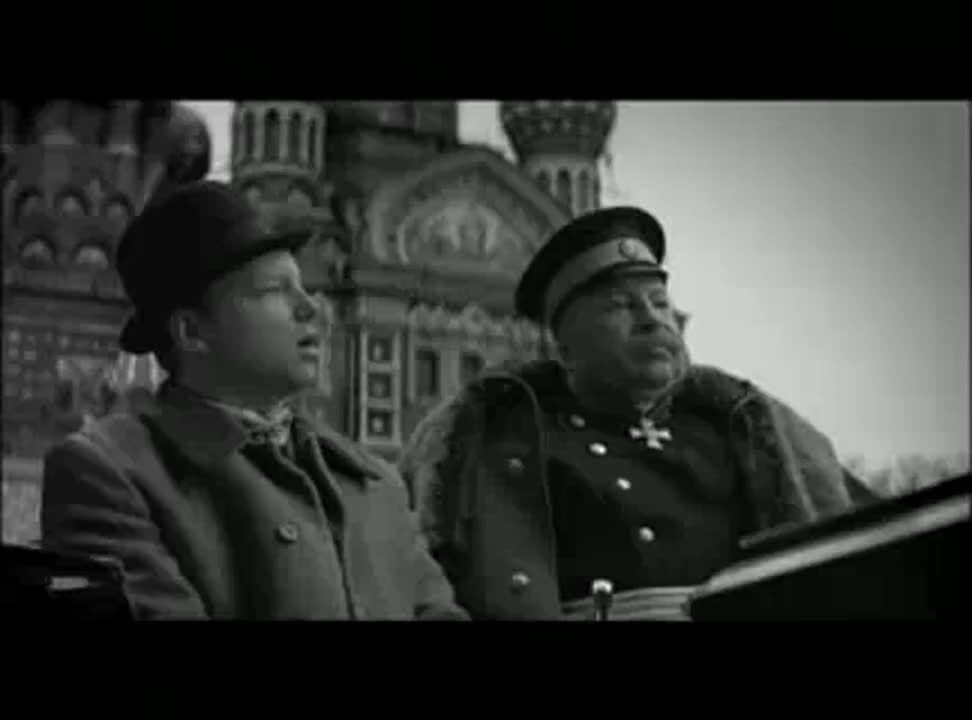 Jerzy i Maciej Stuhrowie znów reklamują Raiffeisen Bank (wideo)