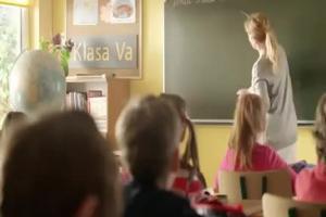 Lekcja geografii reklamuje kulki mięsne Pudliszki