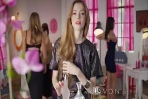 Matka, studentka i fashonistka jako konsultantki reklamują Avon (3)