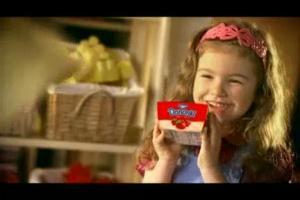 Danonki reklamują się w dziecinnie niskiej cenie